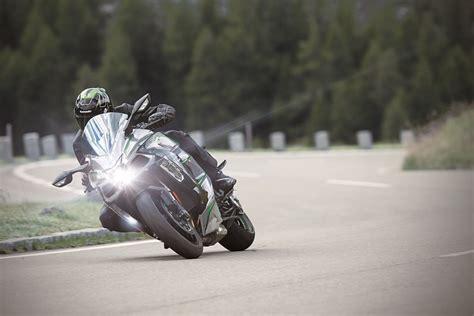 Kawasaki H2 2019 by 2019 Kawasaki H2 Sx Se Look Major Updates
