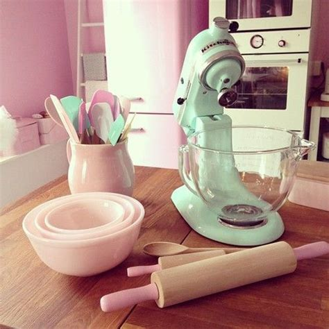 Pink & Mint Kitchen So Girly And Cute At The Same Time