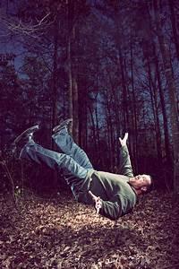 Levitation Photography: 65 Stunning Examples & Tutorials ...
