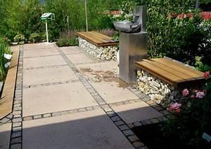 Pflastersteine Muster Bilder : plattenbelag terrassenplatten und pflastersteine terrassengestaltung ideen ~ Frokenaadalensverden.com Haus und Dekorationen