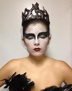 Black Swan Kostüm Selber Machen : die besten 25 halloween schminken schwarzer engel ideen auf pinterest dark angel make up ~ Frokenaadalensverden.com Haus und Dekorationen