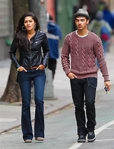 Joe Jonas Spotted First Time With New Girlfriend Jessica Pott
