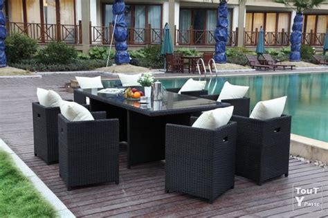 table et chaise resine tressee pas cher ensemble table et chaise jardin pas cher salon jardin teck