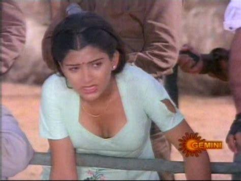 Hot Vintage Tamil Actress Kushboos Biography
