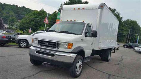 ford super duty    van box trucks