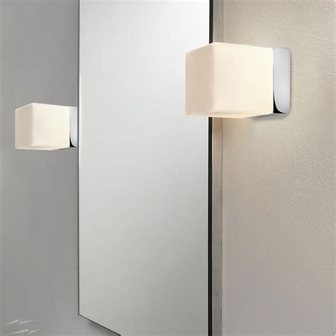 ax0635 cube bathroom wall light in polished chrome with