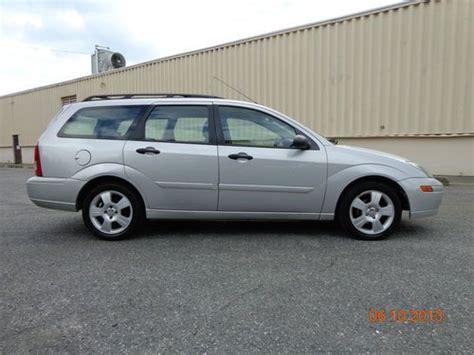 buy   ford focus ztw wagon  door  loaded