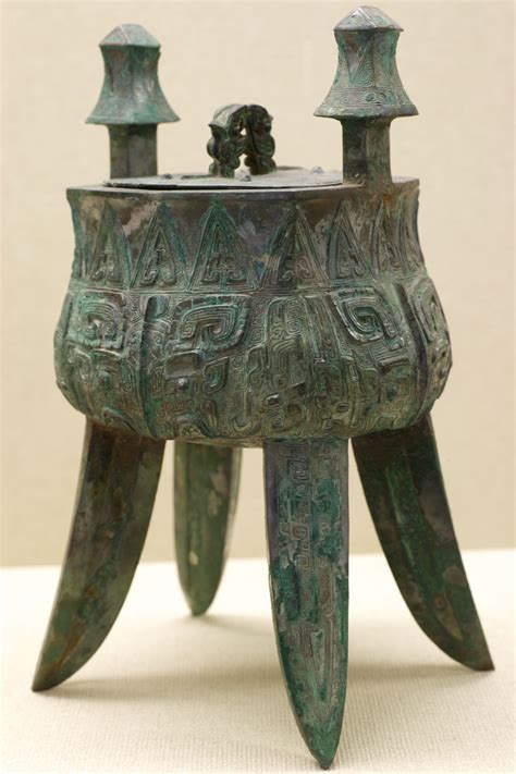 yun  stock    ancient chinese bronze