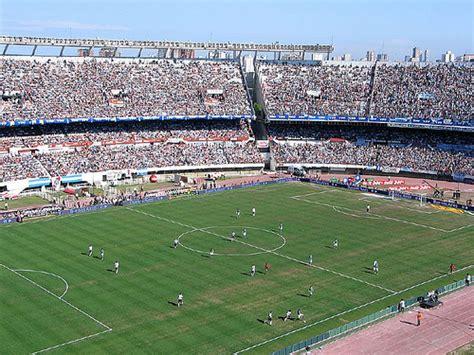 El Monumental, el mayor estadio de fútbol del país