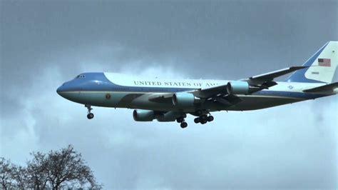 ticker obama in hannover obama obama hannover 24 04 2016 air one motorcade