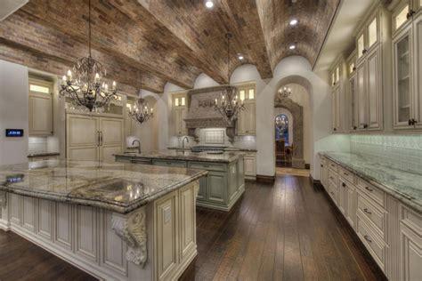35 luxury mediterranean kitchens design ideas