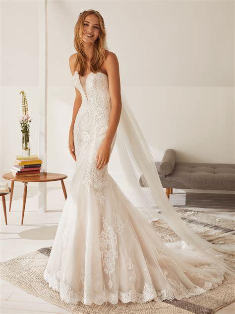 obdulia wedding dress strapless  sweetheart neckline