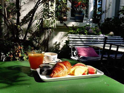 Der Garten Cafe by Fr 252 Hst 252 Cken Auf Der Garten Terrasse Haus Zauberfl 246 Te