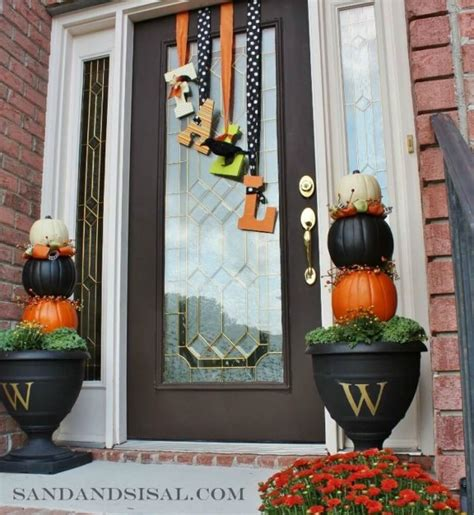 25 Best Fall Front Door Decor Ideas And Designs For 2019