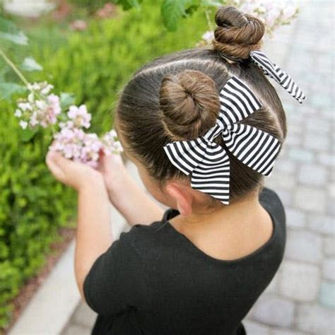 17 Fun & Easy Back to School Hairstyles for Girls in 2020