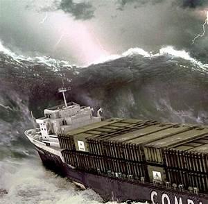 Foto Auf Bettwäsche : turmhohe wogen wenn monsterwellen superfrachter kentern ~ Michelbontemps.com Haus und Dekorationen