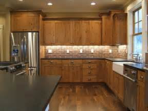 Kitchen Backsplash Ideas With Wood Cabinets by Kitchen Brick Backsplashes For Warm And Inviting Cooking