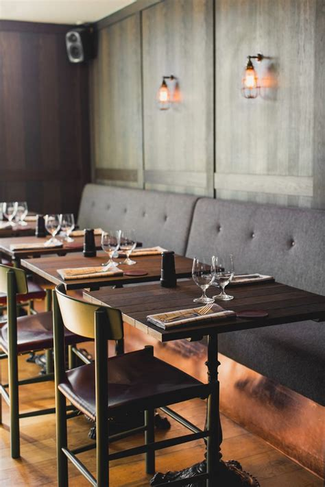 banquette restaurant photo banquette design