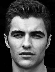 Girls, Do You Prefer Men With Thick Eyebrows Or Thin Ones ...
