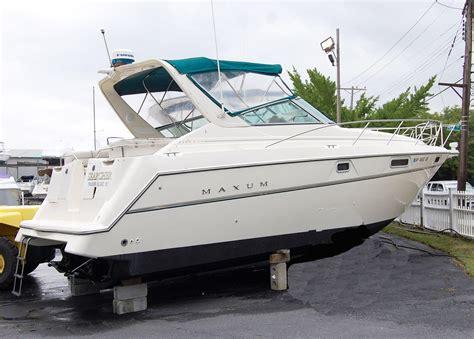 1999 Maxum Boat by 1996 Maxum 3200 Scr Power Boat For Sale Www Yachtworld