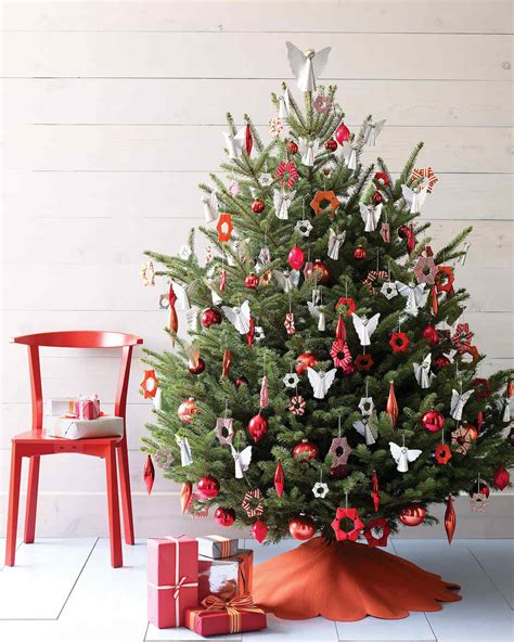 decorating ideas christmas tree christmas tree decorating ideas martha stewart