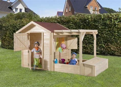 kinderspielhaus mit sandkasten neues kinderspielhaus 171 philipp 187 mit integriertem sandkasten weka holz haus de