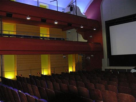cinema maison du peuple maison du peuple jura frankrijk beoordelingen