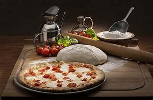 Pasta And Pizza With Ingredients in Pictures - ELSOAR