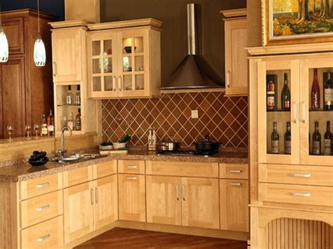 kitchen cabinet doors lowes kitchen planner lowes amazing kitchen design tips lowes