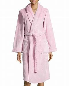 neiman marcus plush spa robe in red pink save 34 lyst With robe fuchsia