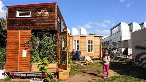 Tiny Häuser Auf Räder by Tiny House Cus Mini H 228 User In Der Innenstadt