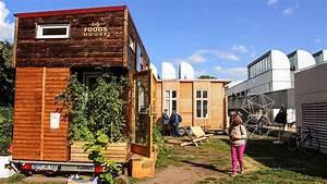 Mini Häuser Preise : tiny house campus mini h user in der innenstadt berliner akzente online ~ Sanjose-hotels-ca.com Haus und Dekorationen