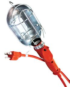 heavy duty incandescent utility light with 50 cord at