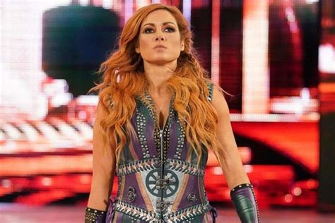 becky lynch sends  message  charlotte tonights total