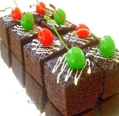 Resep brownies panggang coklat adalah salah satu resep membuat kue yang mudah dan praktis dengan cara dipanggang. Resep Kue, resep brownies kukus amanda, resep brownies panggang kartika sari, resep brownies ...