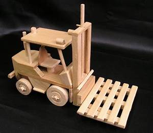 Holz Machen Mit Traktor : holz gabelstapler f r kinder geschenk holzspielzeug f r kinder lkw flugzeuge stra enbahn bus ~ Eleganceandgraceweddings.com Haus und Dekorationen