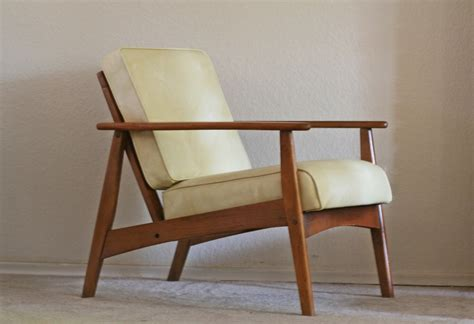 Lounge Chair Ideas Amazing Wooden Loungeair With Cushion