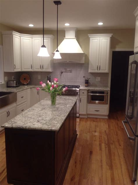 white granite with cherry cabinets my kitchen re do