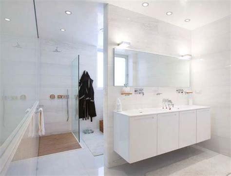 Small Bathroom Ideas On A Budget Uk by 9 Best Limestone Bathrooms Images On Bathroom