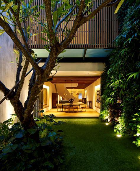 contemporary home  singapore  curved spiral