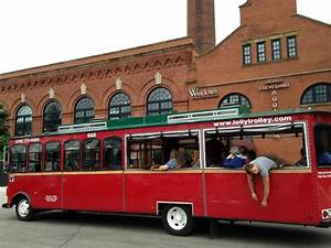 Cleveland Holiday Lights Trolley Pin By Katharina Star On Cleveland Is The Reason Pinterest