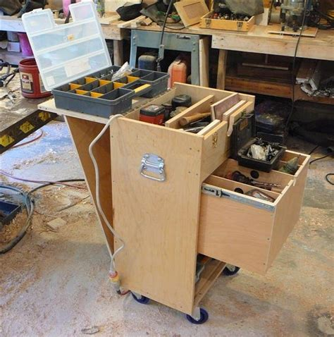 wood rolling tool chest plans wood working woods woodworking and shop ideas