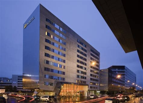 hotel novotel suite lille europe hotel 4 233 toiles lille hotel avec climatisation acc 232 s
