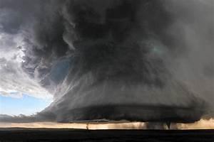 Photo Of Twin Tornadoes Was Storm Chaser U0026 39 S  U0026 39 Unicorn U0026 39  Shot