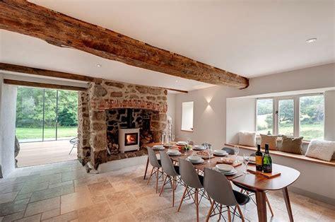 farmhouse style interiors 30 unassumingly chic farmhouse style dining room ideas