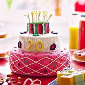 Image De Gateau D Anniversaire : un g teau d anniversaire en crochet marie claire ~ Melissatoandfro.com Idées de Décoration