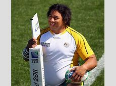 The Wallabies' Salesi Ma'afu gets acquainted with the