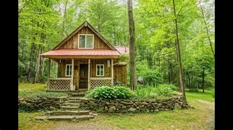 Beautiful Small Cabin In New York  Perfect Small House