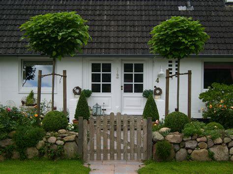 Entree  Wohnen Und Garten Foto  Vorgarten Pinterest