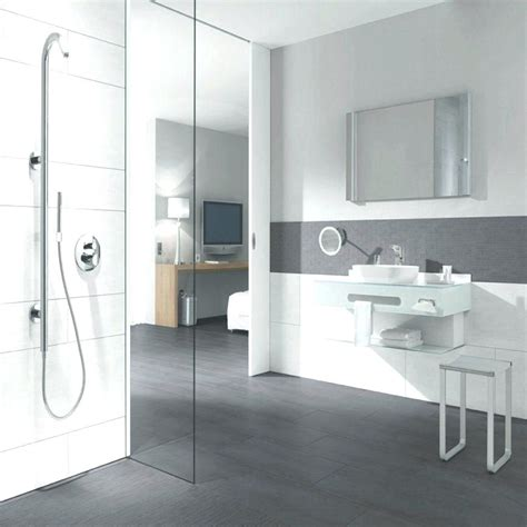 Weiße Fliesen Badezimmer by Badezimmer Ideen Grau Weia Linuxathenacom Badezimmer